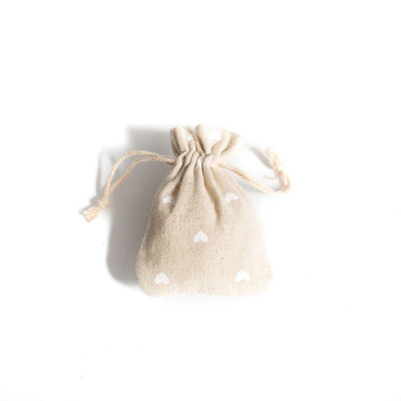 Pochons en lin au motif coeur blanc (x5)