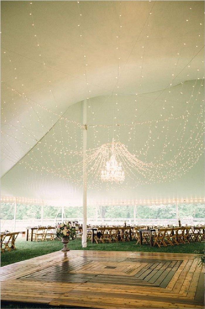 plafond-guirlandes-lumineuses